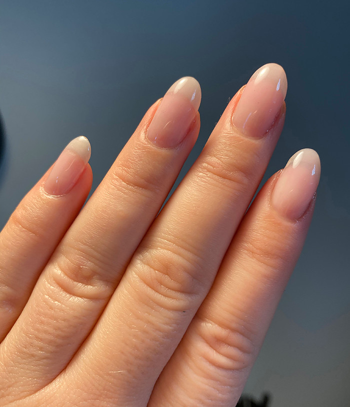 Geleforstærkning af egne negle